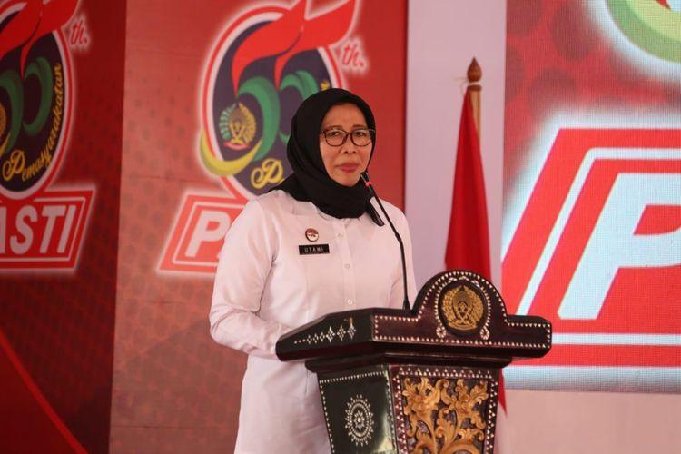 Direktur Jenderal Pemasyarakatan Sri Puguh Budi Utami saat meresmikan Lapas Khusus Kelas IIA Karanganyar.