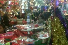 Cari Keuntungan dari Pernak-pernik Natal