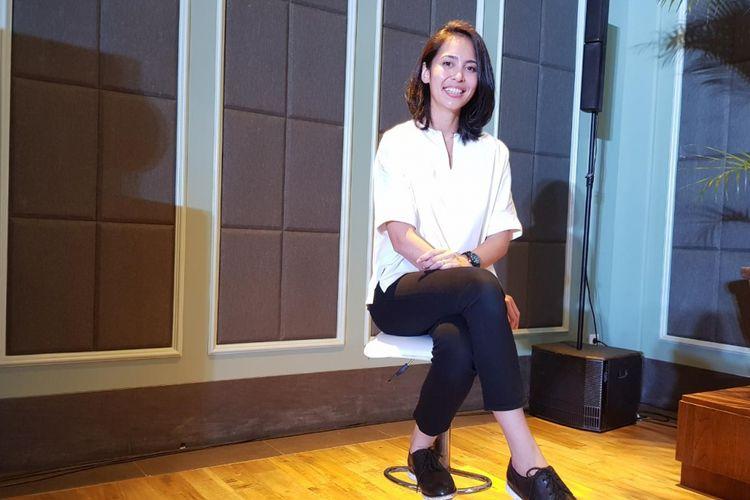 Pembawa Zumba pertama kali ke Indonesia, Laila Munaf. Dia juga sebagai pendiri studio fitness, Sana Studio.