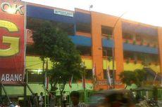 Sunarto Menangis Kios Miliknya di Blok G Disegel