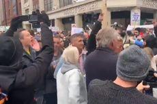 Tolak Penerapan Lockdown, 150 Demonstran Ditahan Polisi