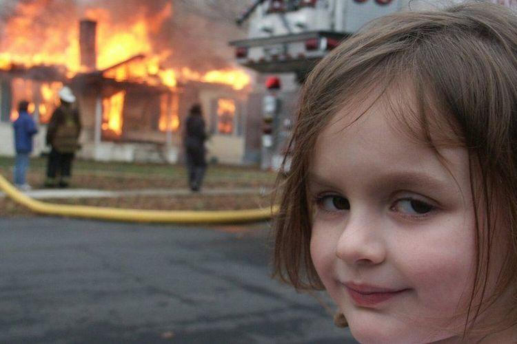 Meme Disaster Girl yang viral di internet dijual Rp 6,8 miliar.