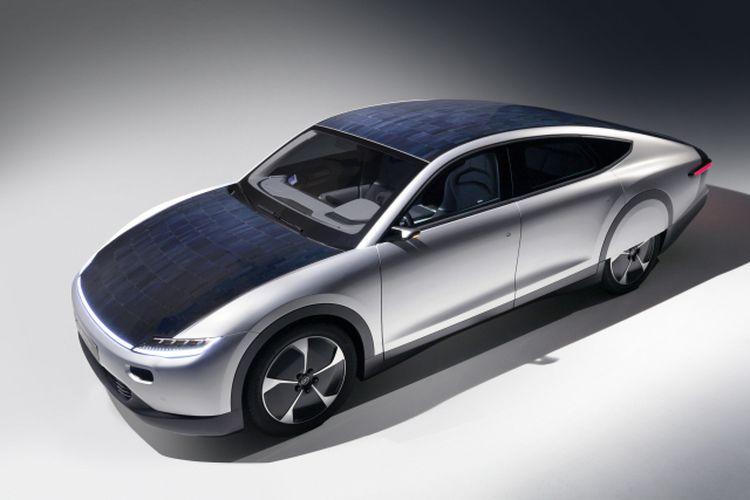 Lightyear One, mobil listrik bertenaga surya pertama dari Lightyear yang mampu menembus jarak tempuh 725 km