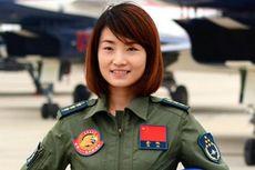 Tersambar Pesawat, Wanita Pertama China Penerbang Jet Tempur J-10 Tewas