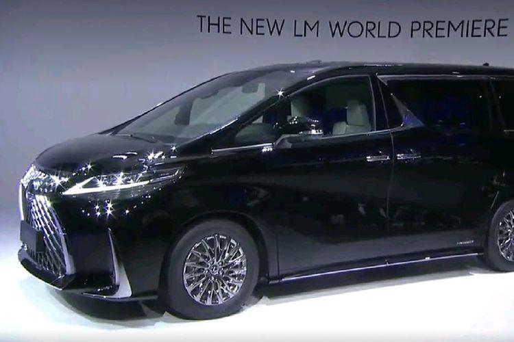 Lexus LM, MPV premium khusus untuk pasar China hadir di Shanghai Auto Show 2019, Selasa (16/4/2019)