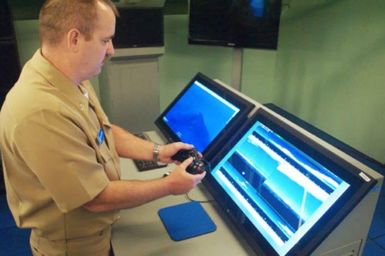 Angkatan Laut AS sedang mencoba Kontroler kamera periskop