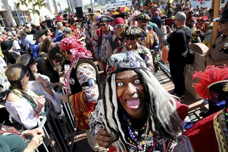 Festival Bajak Laut Gasparilla tahun 2020 di Tampa, Florida