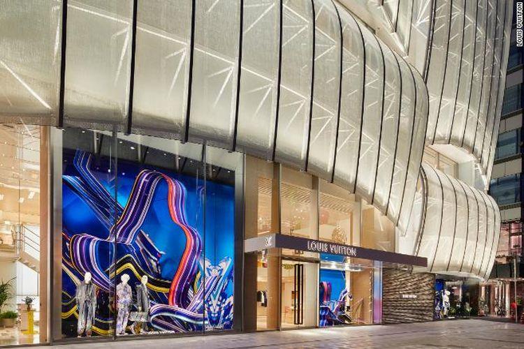 Gerai terbaru Louis Vuitton Maison Osaka Midosuji, dibuka sejak 31 Januari 2020 di Osaka, Jepang, lengkap dengan restoran dan kafe.