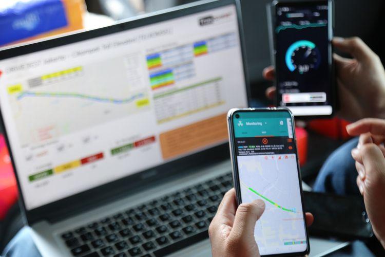 Ilustrasi peningkatan trafik komunikasi selama periode Natal dan Tahun Baru 2021