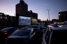 Pemilik Mal Sulap Tempat Parkir Jadi Bioskop Drive-In