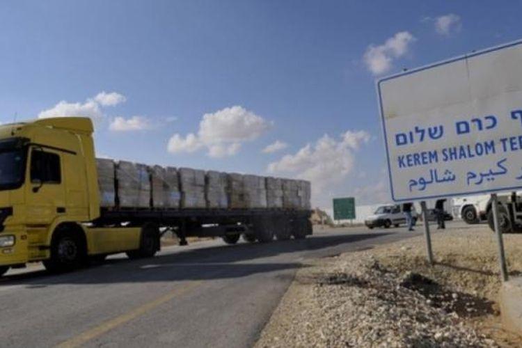 Terminal Kerem Shalom di perbatasan Israel dan Gaza yang menjadi pintu keluar masuk berbagai produksi para pengusaha Jalur Gaza.