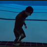 Pria 23 Tahun Pecahkan Rekor Dunia Jalan Kaki 99 Meter di Bawah Air