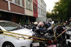Siapa Pengguna Sepeda Motor Plat Merah di Lokasi Pesta Kaum