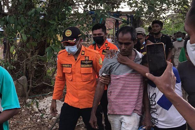 Maxi Neot, guru SMP di Rote Ndao, ditemukan selamat setelah tersesat di hutan