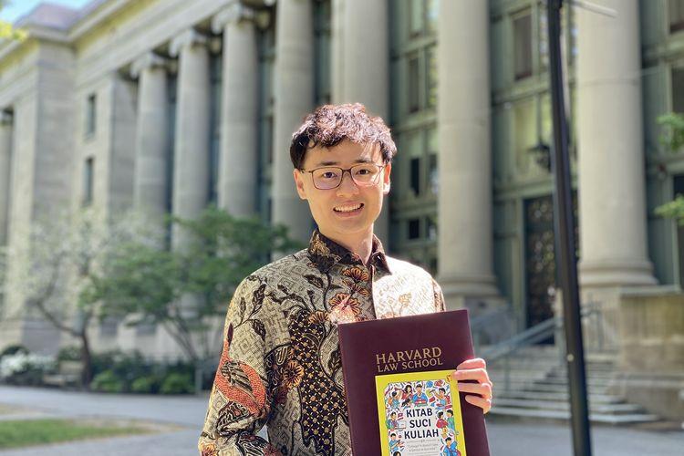 Andhika Sudarman, orang Indonesia pertama yang berpidato di wisuda Harvard Law School.