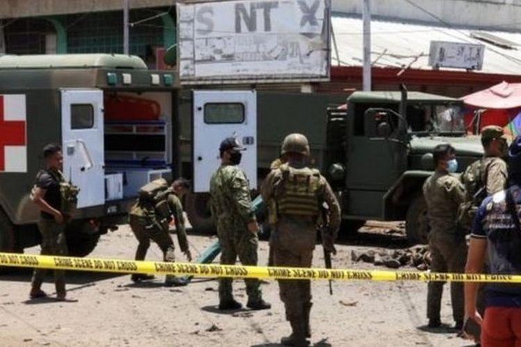 Kelompok Abbu Sayyaf disebut berada di balik serangan bom bunuh diri pada 24 Agustus di Filipina oleh dua perempuan.