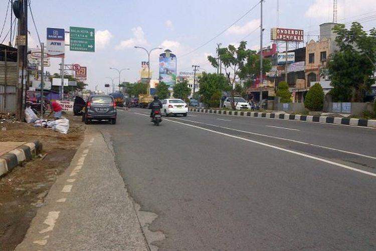 Ilustrasi Jalan Margonda yang lengang.