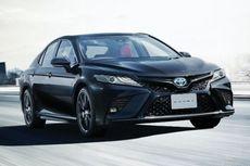 Rayakan Hari Jadi Ke-40, Toyota Luncurkan Camry Black Edition