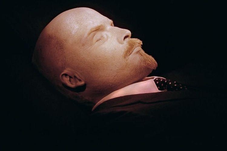 Mumi Vladimir Lenin. [Via Mentalfloss.com]