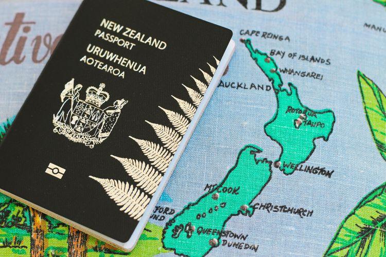Ilustrasi paspor Selandia Baru.