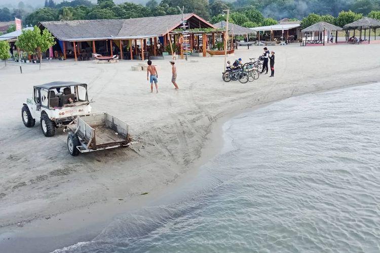 Pantai Sigurgur di Samosir