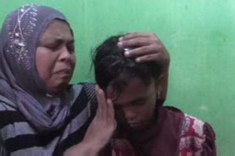 Wenni, Gadis Kecil Korban Tsunami Kini Kembali kepangkuan Ibunya.