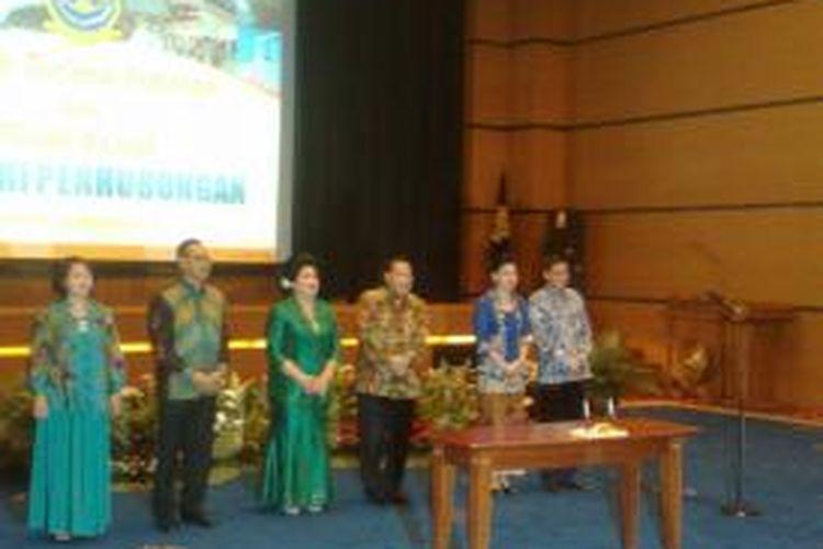 Suasana serah terima jabatan Menteri Perhubungan, Kamis (30/10/2014). Hadir dalam acara ini Menhub Ignasisus Jonan, mantan Menhub EE Mangindaan dan mantan Wamenhub Bambang Susantono.