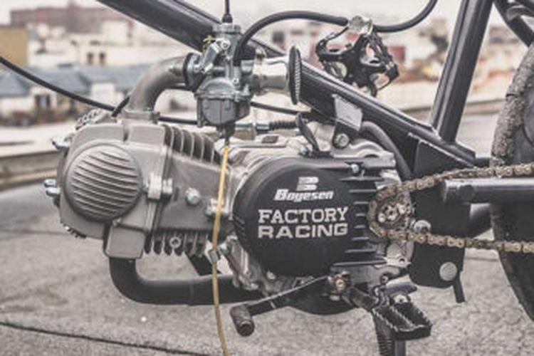 Rangka baru full custom dinilai lebih amam ketimbang memakai sasis asli sepeda.