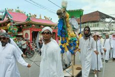 Tahun Baru Islam, Replika Gajah dan Unta Diarak