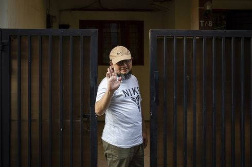 Hakim Temukan Ada Bekas Guntingan di Baju Novel Baswedan yang Jadi Barang Bukti