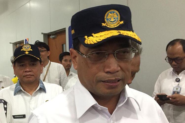 Menteri Perhubungan Budi Karya Sumadi saat melakukan kunjungan di Palembang, Sumatera Selatan, Jumat (10/5/2019). Budi mengatakan, tol Palembang-Lampung akan digunakan pada arus mudik lebaran nanti.