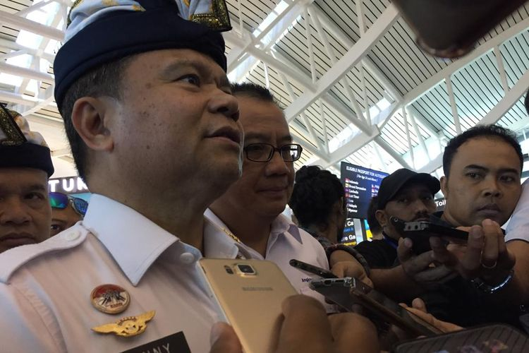 Direktur Jenderal Imigrasi Kementerian Hukum dan HAM, Ronny F Sompie di Bandara I Gusti Ngurah Rai Bali, Selasa (3/9).