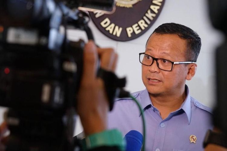 Maritime Affairs and Fisheries Minister Edhy Prabowo was arrested by the Corruption Eradication Commission (KPK) over lobster seed exports in Soekarno-Hatta International Airport on Wednesday, November 25, 2020.
