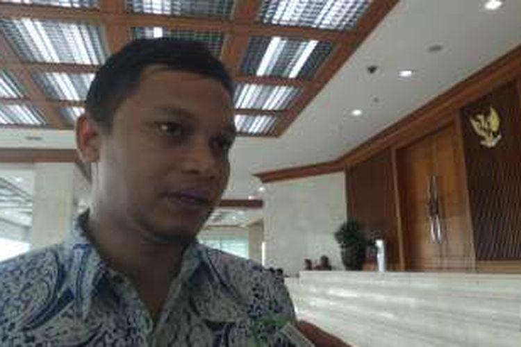 Wakil Ketua Komisi I DPR, Hanafi Rais di Kompleks Parlemen, Senayan, Jakarta, Rabu (20/7/2016)