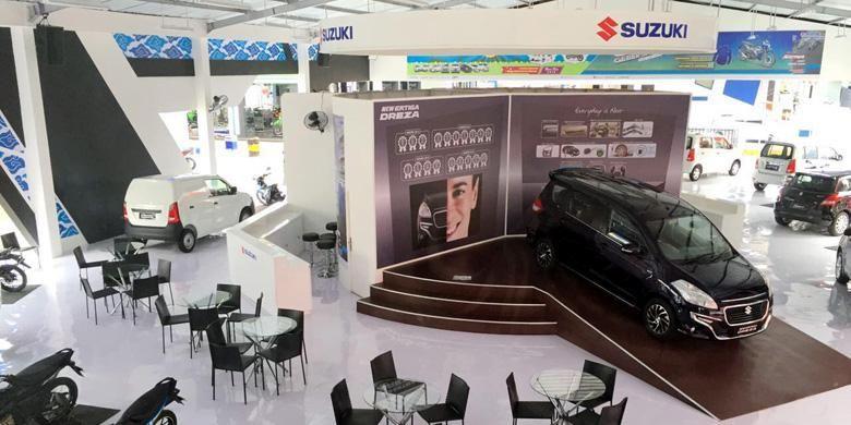 Booth Suzuki di Jakarta Fair Kemayoran 2016.