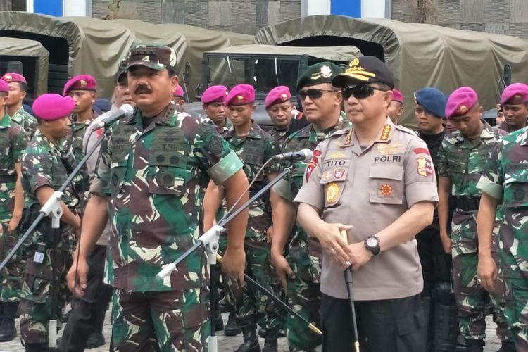 Panglima TNI Marsekal Hadi Tjahjanto dan Kapolri Jenderal Polisi Tirto Karnavian di Graha Jalapuspita, Jakarta Pusat, Minggu (20/10/2019).