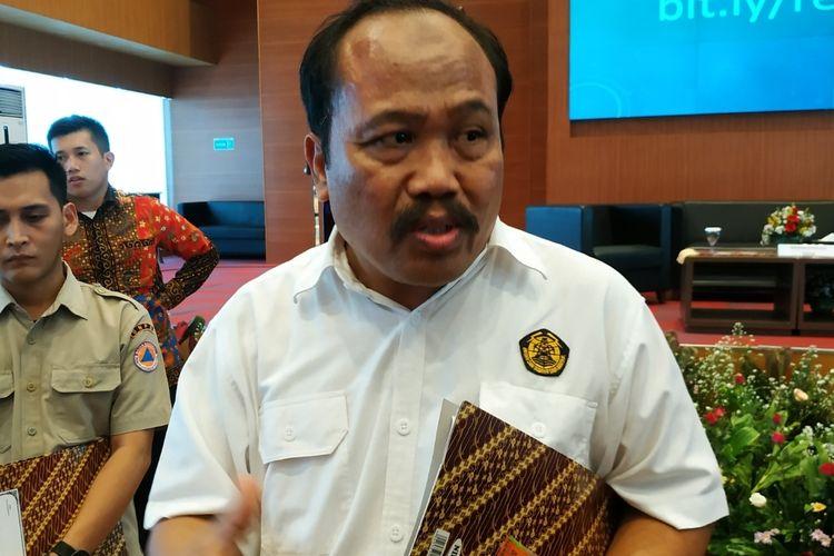 Kepala Pusat Vulkanologi dan Mitigasi Bencana Geologi (PVMBG) Badan Geologi Kementerian Energi dan Sumber Daya Mineral (ESDM), Kasbani, di Gedung BNPB, Jakarta Timur, Senin (30/12/2019).