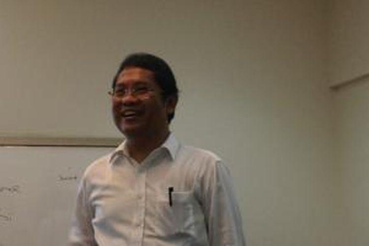 Menkominfo Rudiantara saat berkumpul bersama media dan netizen di rumah dinas Menkominfo, Jakarta
