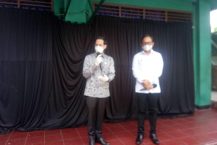 Menteri Pendidikan dan Kebudayaan Nadiem Makarim saat memberikan konferensi press di SMP Muhammadiyah, Kota Bogor, Kamis (30/7/2020).