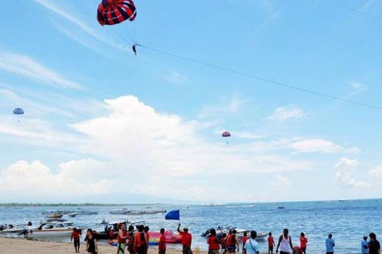 Suasana Pantai Tanjung Benoa, Bali.