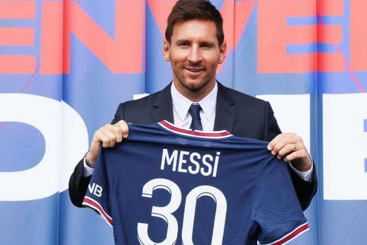 Ilustrasi foto Messi dengan kaus tim sepak bola PSG bernomor punggung 30.