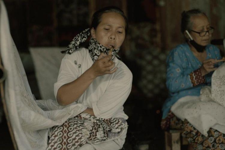 Pengrajin batik jadi satu dari sekian banyak profesi yang terdampak pandemi Covid-19