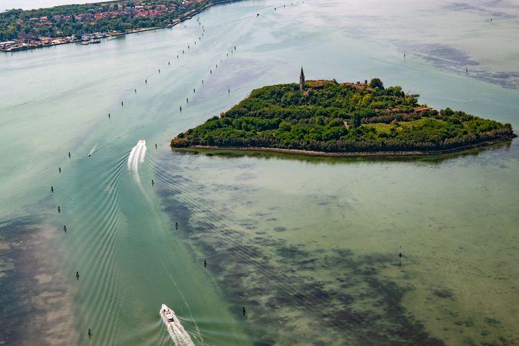 Pulau Poveglia di Italia.