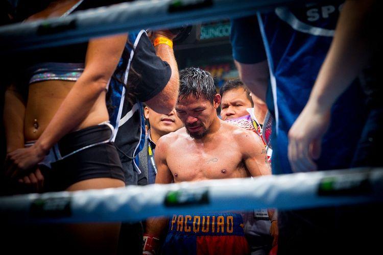 Petinju asal Filipina, Manny Pacquiao, menelan kekalahan dari petinju Australia, Jeff Horn, dalam sebuah pertandingan di Stadion Suncorp di Brisbane, Australia, Minggu (2/7/2017).