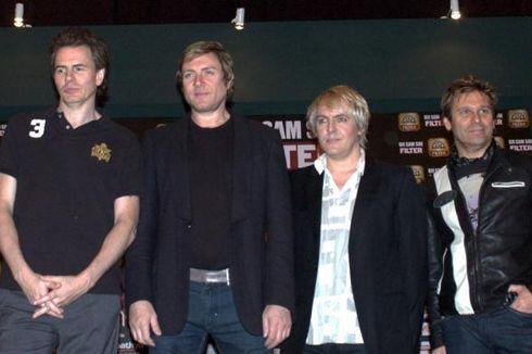 Lirik dan Chord Lagu A View to a Kill - Duran Duran, OST James Bond