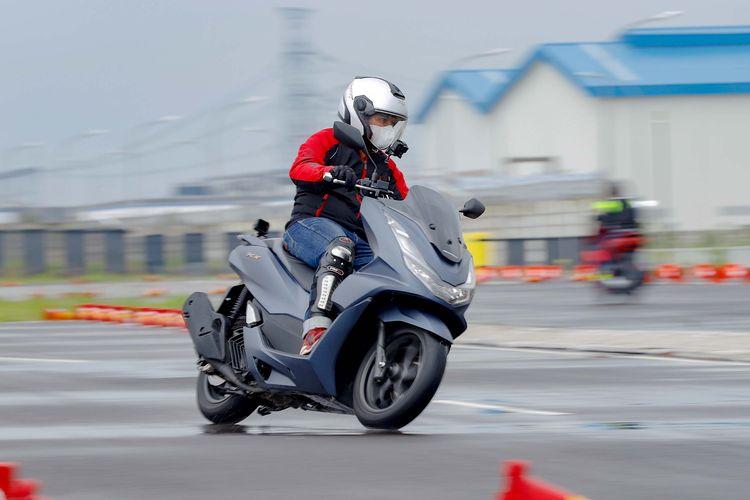 All New Honda PCX Raih Penghargaan Otomotif Award Bike of The Year 2021