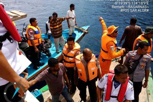 Kapal Motor Patah As Kemudi di Perairan Alor NTT, 42 Penumpang Selamat