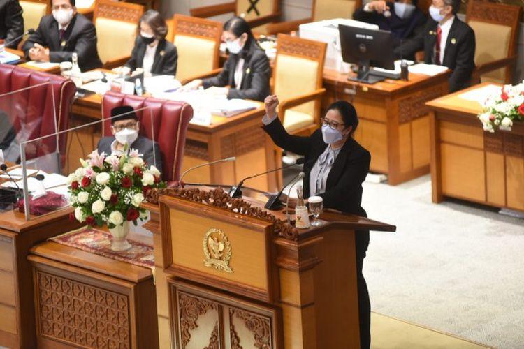 Ketua Dewan Perwakilan Rakyat (DPR) Republik Indonesia (RI) Puan Maharani saat Pidato Penutupan Masa Persidangan III Tahun Sidang 2020-2021 di Gedung Nusantara II, Senayan, Jakarta, Rabu (10/2/2021).
