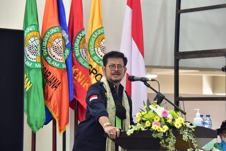 Menteri Pertanian (Mentan) Syahrul Yasin Limpo (SYL) dalam Orasi Ilmiah Dies Natalis ke-55 sekaligus Wisuda Sarjana dan Profesi, Pascasarjana Mahasiswa Universitas Islam Makassar (UIM), Sabtu (5/6/2021).