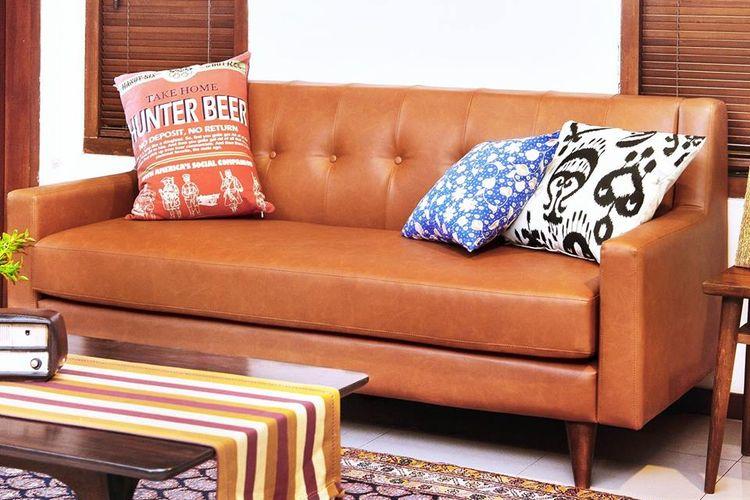 Model sofa ini membuatnya pas untuk diaplikasikan ke berbagai gaya desain